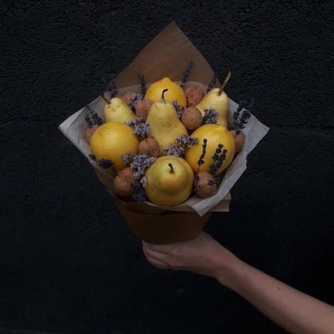 """Фруктовый букет """"Медовая груша"""""""